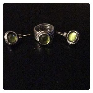 Silpada Silver Ring and Earrings Set w/Green Stone